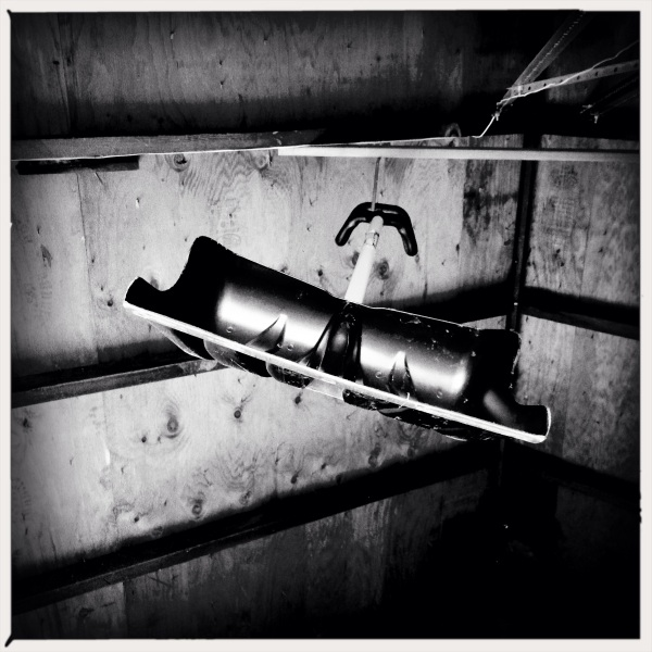 A winter weapon / the Shovel of Damocles / hangs in the garage. Haikumages